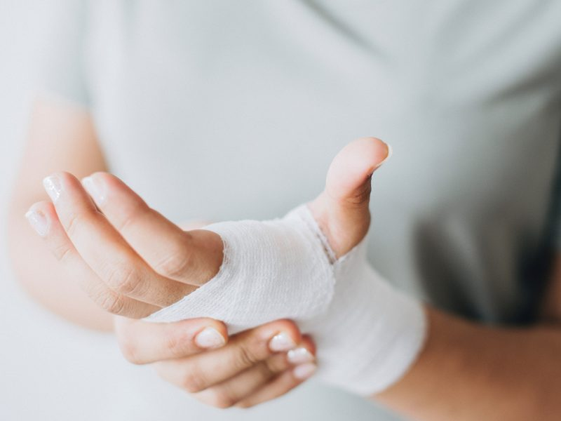 hurt-hand-traveler